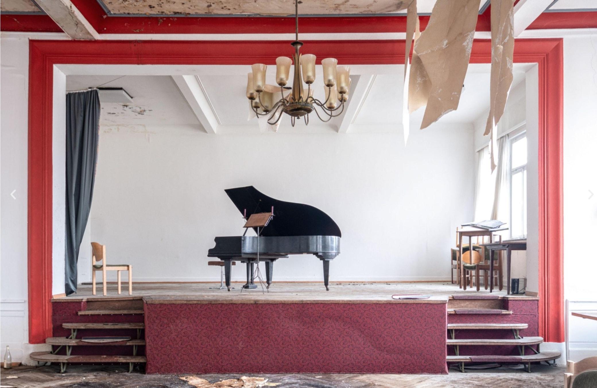 pianos8-1